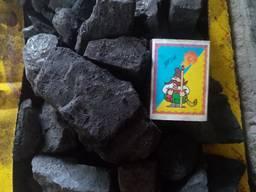 Вугілля для опалення приміщень, вугілля для кузні, торфобрикети, піні кей