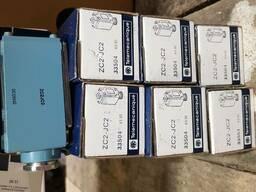 Выключатель XCR-A12, ZC2-JE01, ZC2-JC2. пускатель ПМЛ-4160