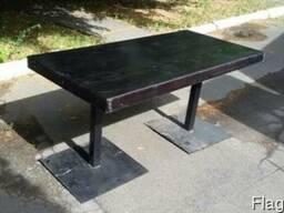 Выкуп столов из массива дуба, мебели для кафе
