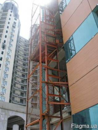 Высотные строительные мачтовые подъемники
