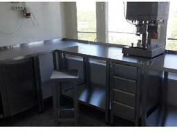 Вытяжные шкафы, тумбы и столы лабораторные из нержавейки