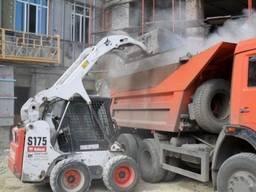Вывоз строительного мусора. Погрузка вручную и техникой.