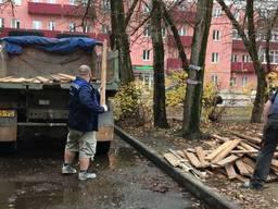Вывоз старой мебели хлама и строительного мусора камаз зил