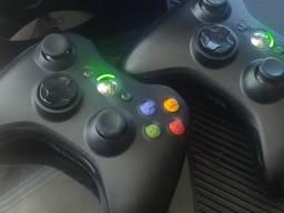 Xbox 360 E 250 Гб 2джоя kinect