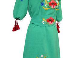 Яркое вышитое короткое платье для девочки подростка в этно стиле Зелений