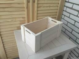 Ящик средний деревянный с врезными ручками