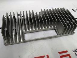 Автозапчасти. радиатор охлаждения металлический платы усилен