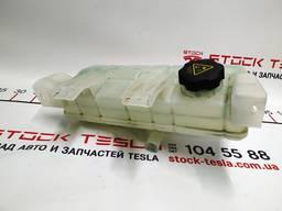 З/ч Тесла. Расширительный бачок охлаждающей жидкости AWD 10