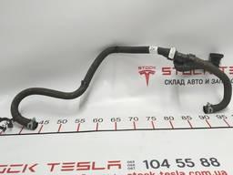 З/ч тесла. шланг охлаждения мотор задний выход 1058000-00-f