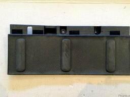 Заглушка правая 84906-EB300 на Nissan Pathfinder 05-12 (Нисс