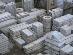Залізобетонні плити перекриття, фундаментні блоки та ін.