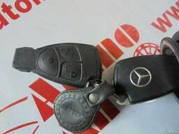 Замок зажигания с ключом Mercedes W210 95-02 2,7 CDI 2000 г
