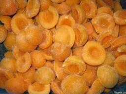 Замороженный абрикос (дольки) Украина