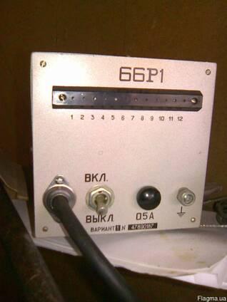 Зарядные 66Р1 к батареям радиостанций новые в упаковках