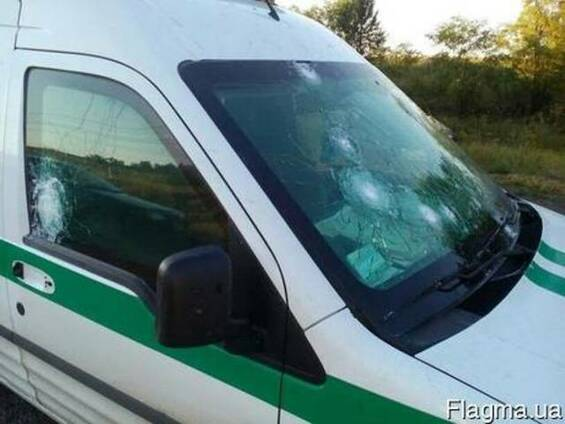 Защитное стекло ( пуленепробиваемые ) для транспорта.