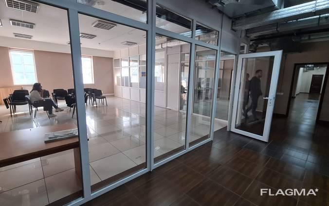 Здаються офіси 720 кв. м ТЦ Мириада