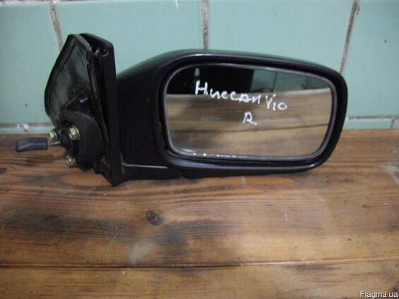 Зеркало боковое Nissan Y10