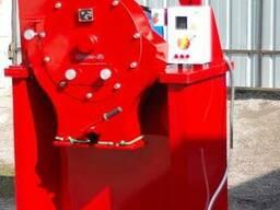 Зернодробилка дробилка ДКУ на 11 кВт до 2500 кг. час
