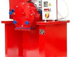 Зернодробилка дробилка ДКУ на 7.5 кВт до 1400 кг. час