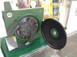 Всасывающе-нагнетающая молотковая зернодробилка RSI 720