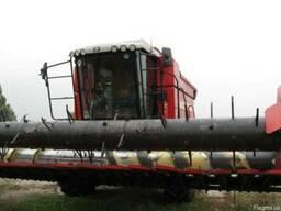 Зерноуборочный комбайн MF-7246 Активиа