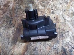ZH00538500 ZH00538490 7700838601 7700847376B 7700847376 B моторчик актуатор Renault