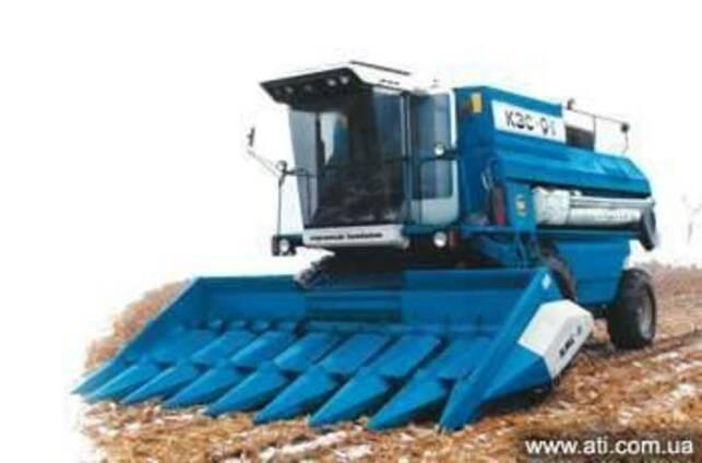 Жатка кукурузная КМС 8