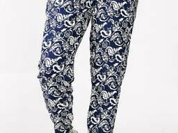 Женские брюки свободные, тонкие с высокой посадкой на резинк