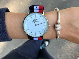 Женские наручные часы DW