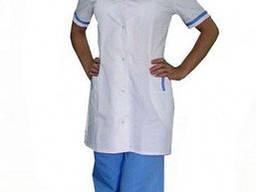 Женский медицинский костюм на кнопках